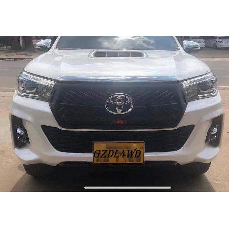 Chiny Netrual Packing TRD Front Grille Dla Toyota Hilux Revo Rocco 2018 2019 Rocco Grill fabryka